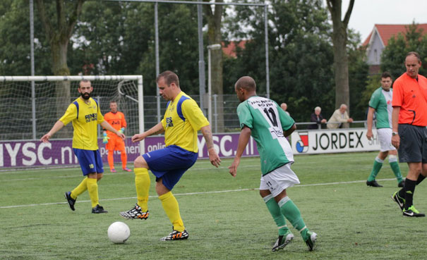 wcr1zoovv1-1